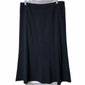 Larry Levine Stretch Black Skirt 14